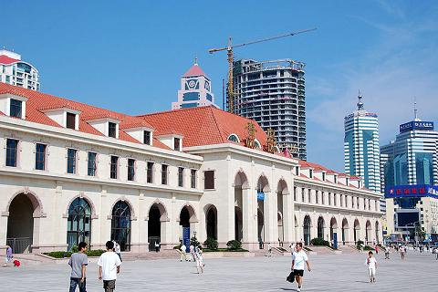 the train station in Qingdao, China