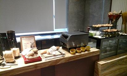 breakfast room Tibet Hotel