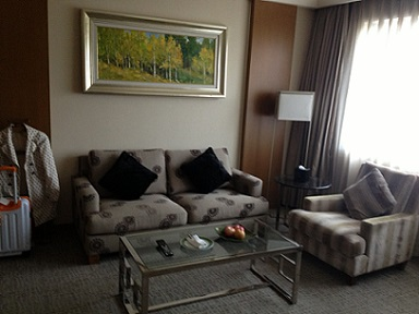 haiyatt hotel chengdu livingroom