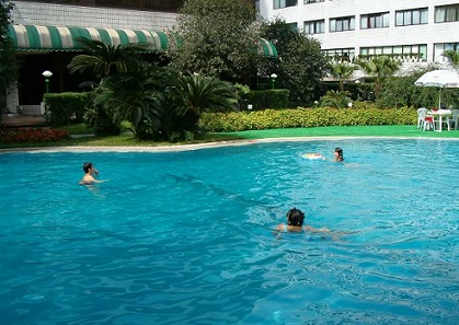 swimming pool minshan hotel