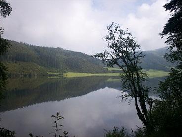 shangri-la lake